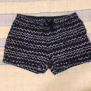 Line shorts sz large navy blue and white